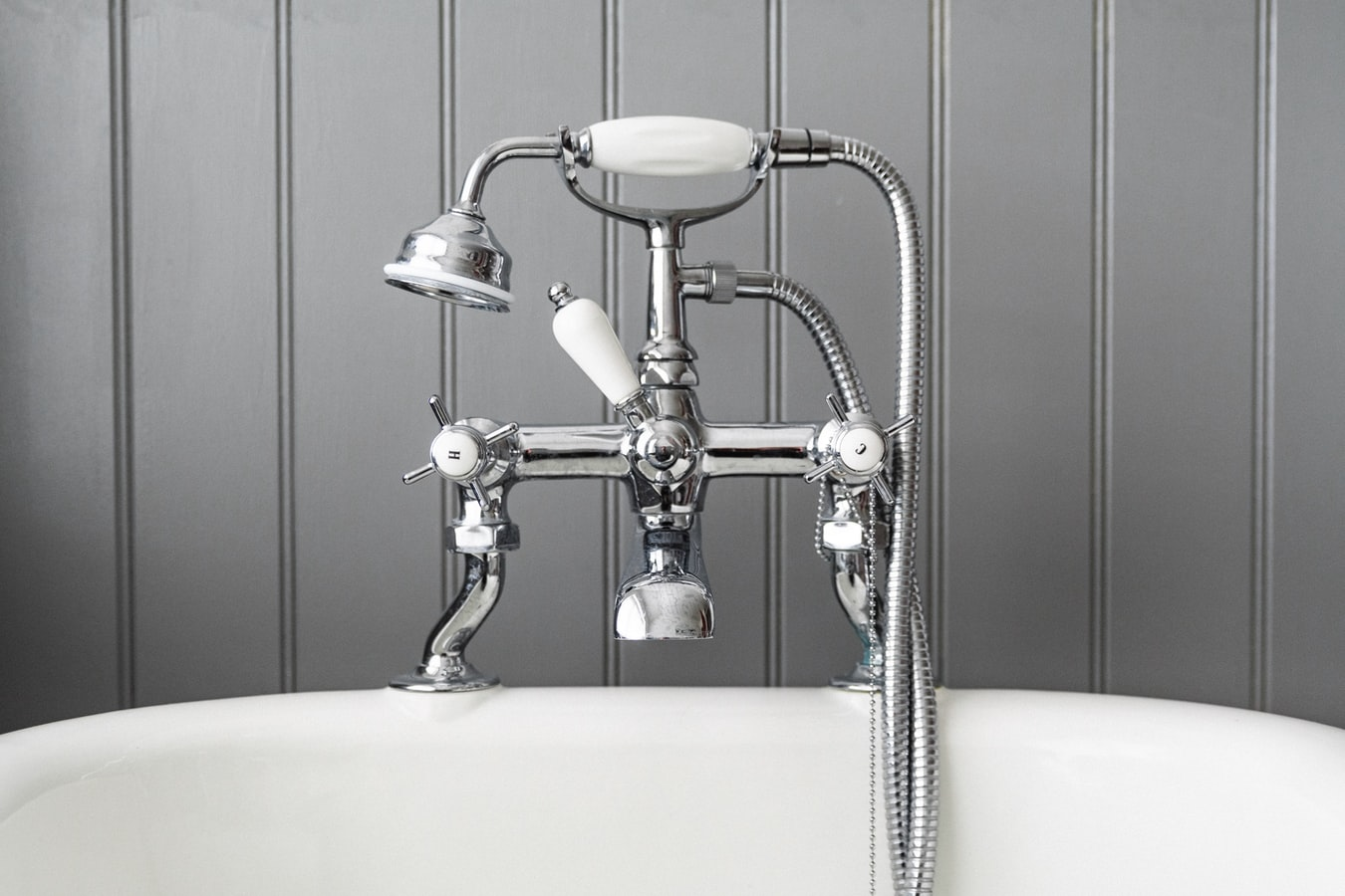 Plumbing Bathrooms and Kitchens